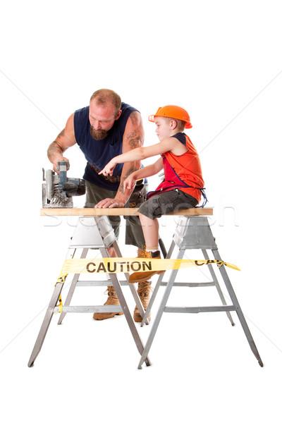 Vader zoon cirkel zag cute helpen Stockfoto © phakimata