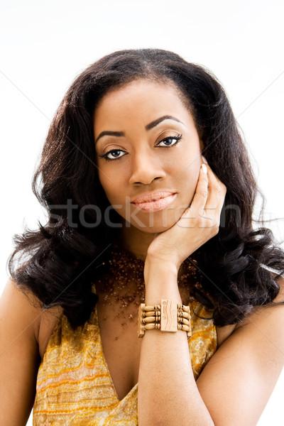 Belle africaine visage de femme femme main visage Photo stock © phakimata