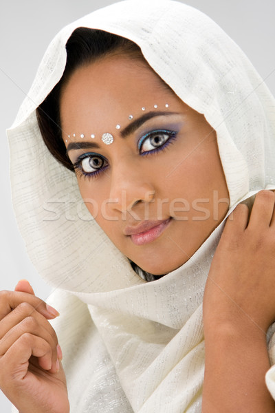 Femme écharpe belle femme blanche tête isolé Photo stock © phakimata