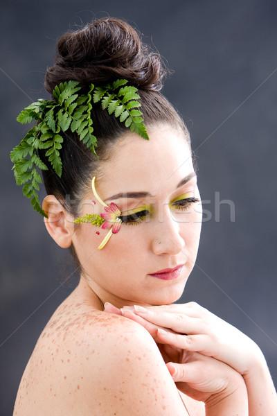 Fleur belle brunette visage rose Photo stock © phakimata