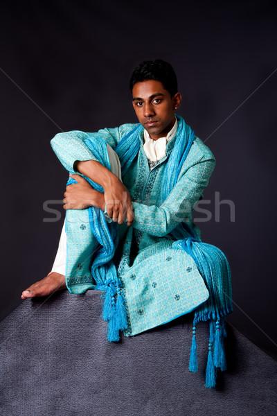 Homme séance Rock belle authentique indian Photo stock © phakimata