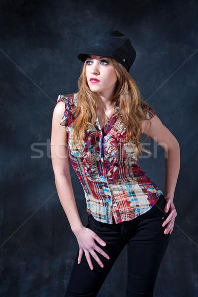 Cute nina sombrero hermosa chica de campo largo Foto stock © phakimata