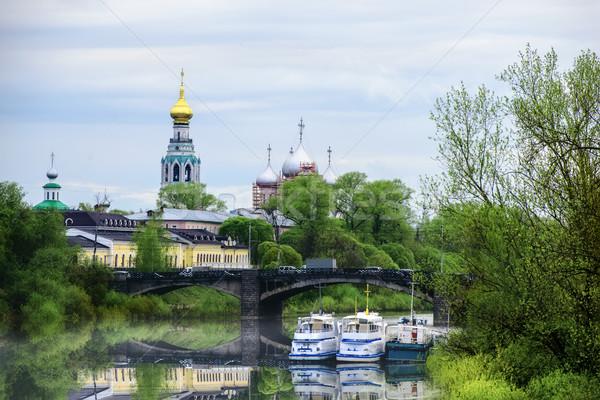 építészet város folyó hajók harang torony Stock fotó © Phantom1311