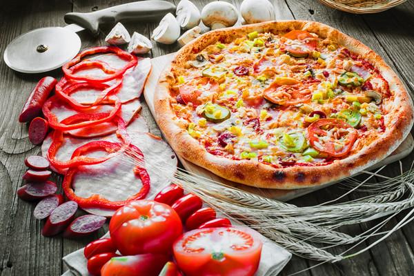 Pizza alkotóelemek hozzávalók alacsony étel űr Stock fotó © Phantom1311
