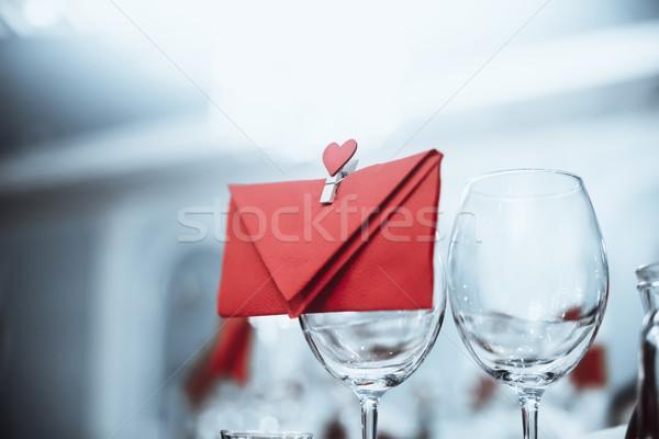 Wijnglazen envelop hart permanente tabel Blauw Stockfoto © Phantom1311