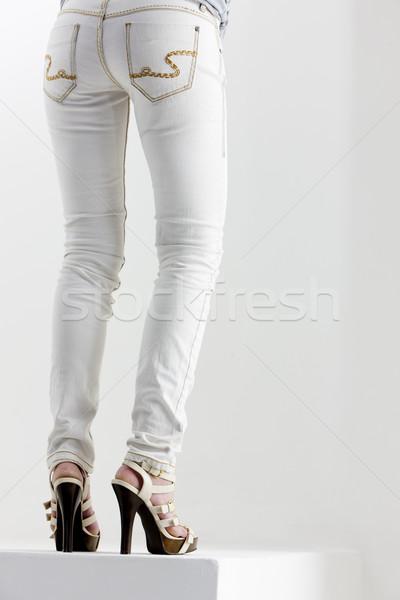 Detay kadın yaz ayakkabı bacaklar ayakkabı Stok fotoğraf © phbcz
