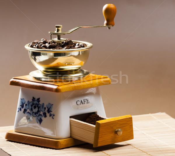 Café molino granos de café suelo objeto Foto stock © phbcz