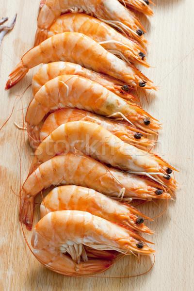 Csendélet nyers garnélák étel egészséges tengeri hal Stock fotó © phbcz