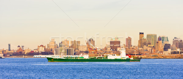 New York City USA stad gebouwen schip skyline Stockfoto © phbcz