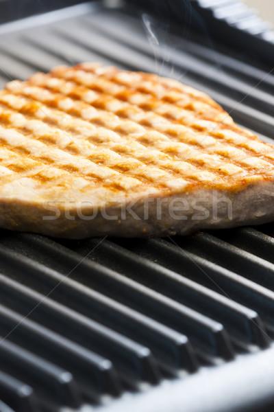 Atún filete eléctrica parrilla placa barbacoa Foto stock © phbcz