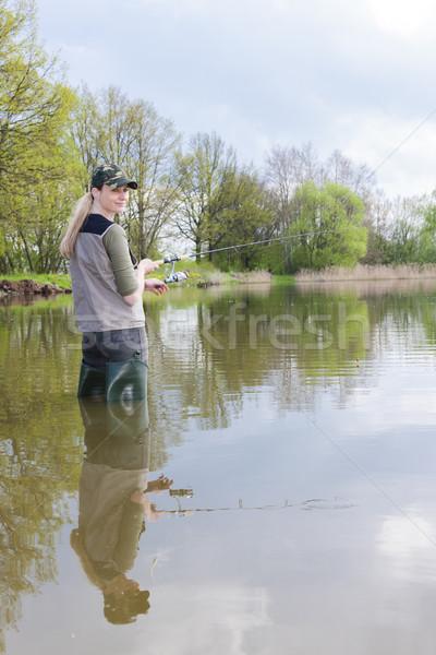 женщину рыбалки пруд весны женщины расслабиться Сток-фото © phbcz