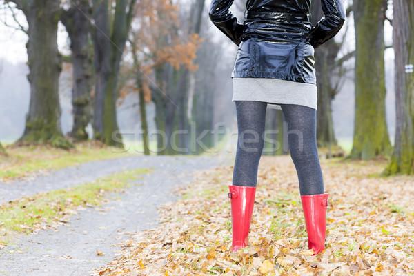 Dettaglio donna indossare stivali di gomma donne moda Foto d'archivio © phbcz