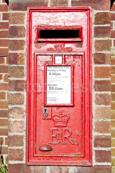 почтовый ящик Англии красный пост улице Сток-фото © phbcz