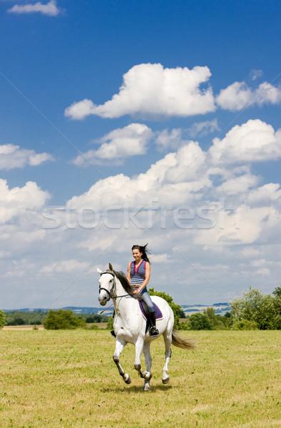 Paardenrug vrouw vrouwen paard lopen Stockfoto © phbcz