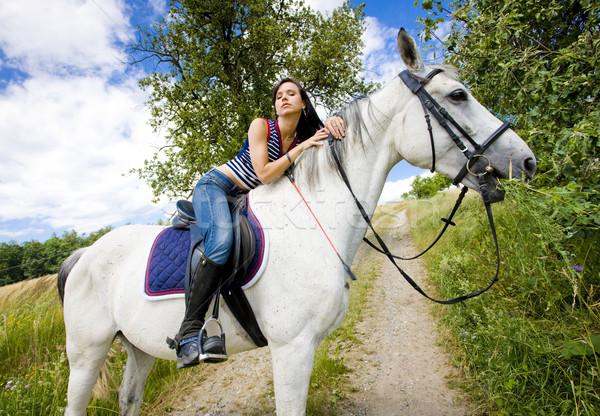 Paardenrug vrouw zomer jeans dieren Stockfoto © phbcz