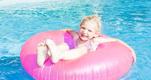 девочку резиновые кольца Бассейн воды девушки Сток-фото © phbcz
