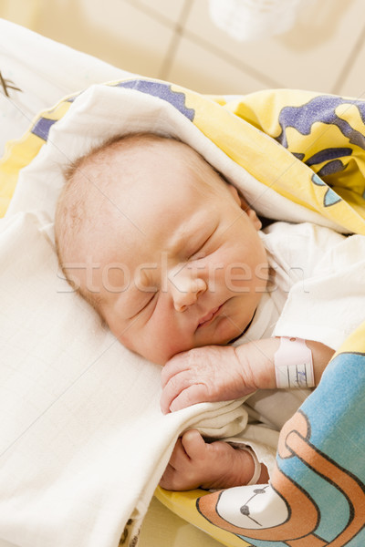 Retrato recém-nascido menina maternal hospital menina Foto stock © phbcz