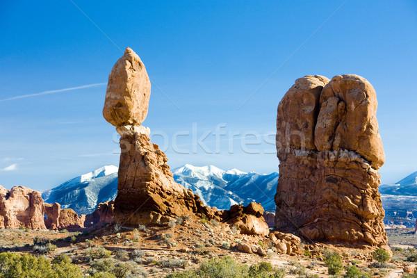 Evenwichtige rock park Utah USA landschap Stockfoto © phbcz