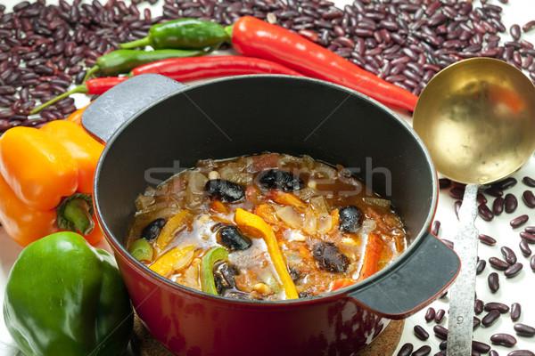 Mexicano sopa de frijol alimentos hortalizas sopa olla Foto stock © phbcz