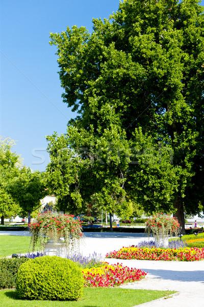 Jardin palais Bratislava Slovaquie fleurs Photo stock © phbcz