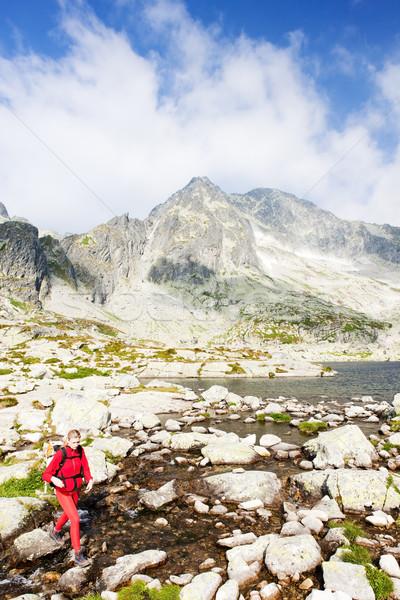 женщину пеший турист пять высокий спорт путешествия Сток-фото © phbcz