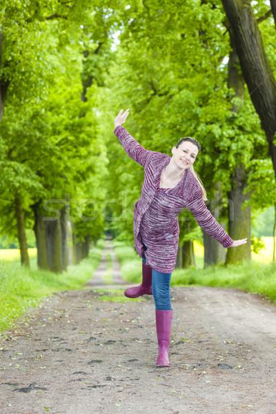 Kadın bahar geçit kadın Stok fotoğraf © phbcz