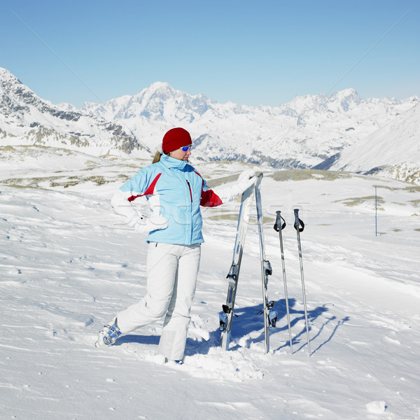 Stok fotoğraf: Kadın · kayakçı · alpler · dağlar · Fransa · spor