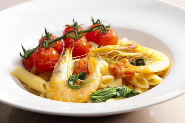 Pasta espinacas a la parrilla tomates cherry placa Foto stock © phbcz