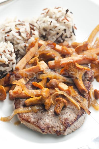 Befsztyk grzyby drób szynka tablicy posiłek Zdjęcia stock © phbcz