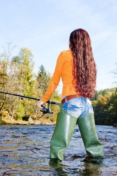 Mulher pescaria rio República Checa mulheres jovem Foto stock © phbcz