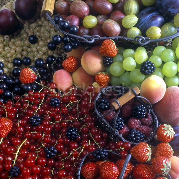 Obst Still-Leben Natur Gesundheit Erdbeere Trauben Stock foto © phbcz