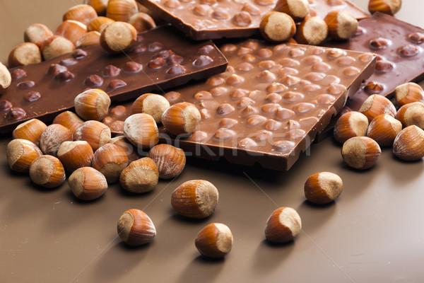 Chocolade bars hazelnoten zoete binnenkant veel Stockfoto © phbcz