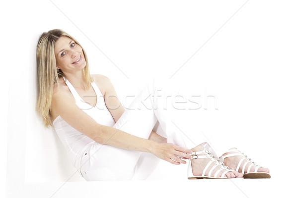Sesión mujer blanco ropa sandalias Foto stock © phbcz