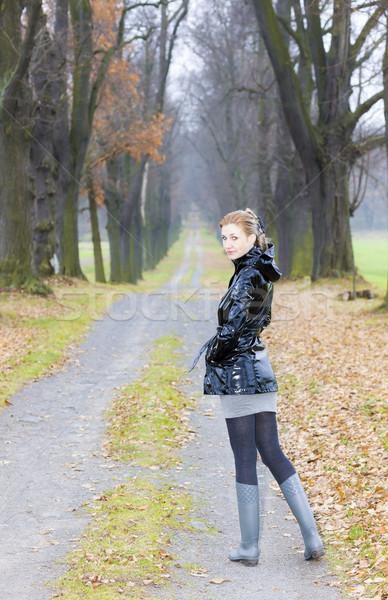 Stok fotoğraf: Kadın · sonbahar · geçit · kadın