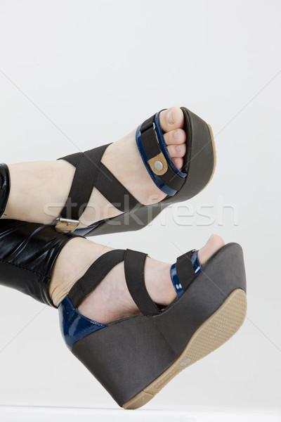 Zomerschoenen vrouw mode benen schoen vrouwelijke Stockfoto © phbcz