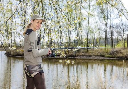 женщину рыбалки пирс пруд женщины Hat Сток-фото © phbcz