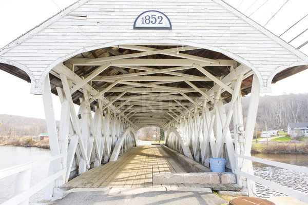 покрытый моста Нью-Гемпшир США зданий белый Сток-фото © phbcz