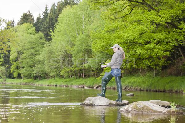 Mulher pescaria rio República Checa mulheres relaxar Foto stock © phbcz