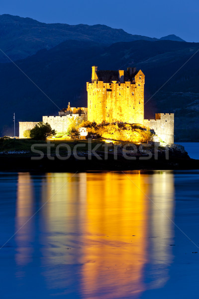 Kasteel nacht Schotland reizen meer architectuur Stockfoto © phbcz