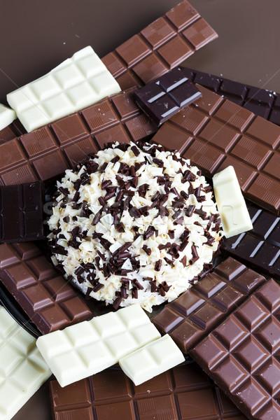 Csendélet csokoládé csokoládés sütemény étel fehér desszert Stock fotó © phbcz