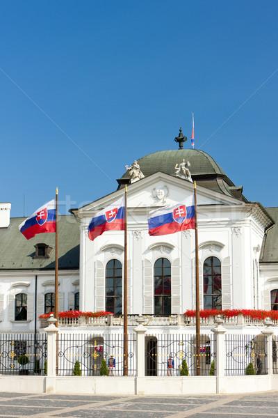 Presidencial palácio Bratislava Eslováquia bandeira Foto stock © phbcz