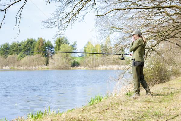 женщину рыбалки пруд весны женщины женщины Сток-фото © phbcz