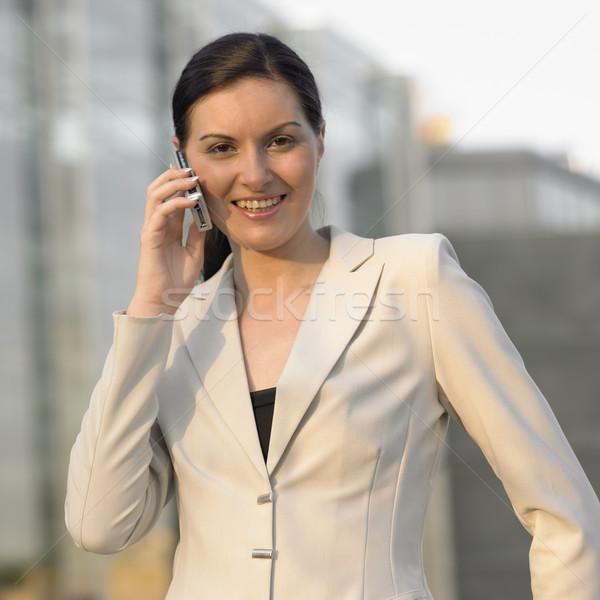 Stockfoto: Zakenvrouw · vrouw · telefoon · werk · pak · werken