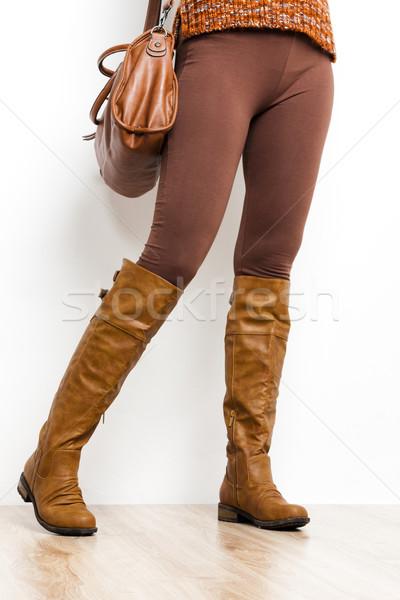 Részlet áll nő visel barna csizma Stock fotó © phbcz