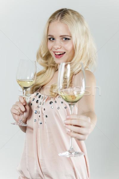 Portré fiatal nő szemüveg fehérbor nő személy Stock fotó © phbcz