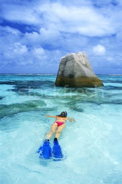Snorkeling wody kobiet morza sportowe bikini Zdjęcia stock © phbcz