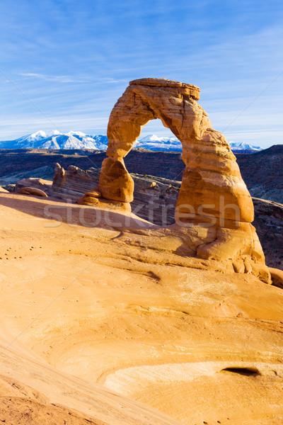 ív park Utah USA tájkép hegyek Stock fotó © phbcz