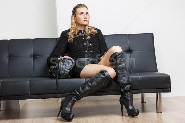 женщину черный одежды сапогах сидят Сток-фото © phbcz