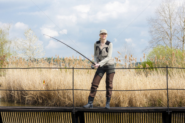 женщину рыбалки пирс пруд весны женщины Сток-фото © phbcz