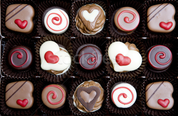 Csokoládé doboz szív ünneplés édesség szívek Stock fotó © phbcz